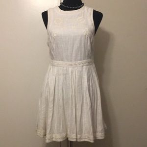 Free people dress size 6 still have extra button